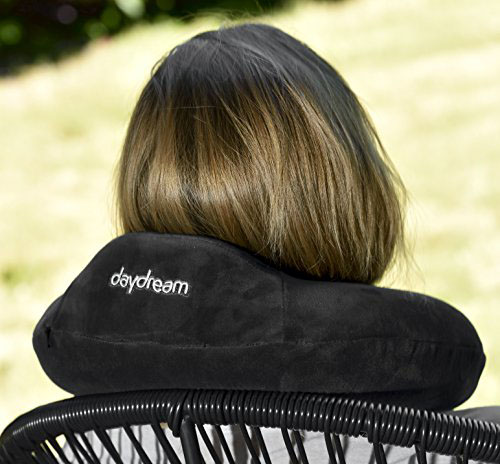 Daydream Basic Plus Černý Cestovní polštářek z paměťové pěny kolem krku na židli