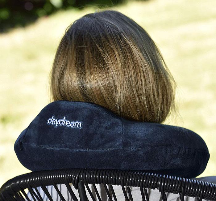 Daydream Memory Foam Basic Plus Tmavomodrý zozadu pani