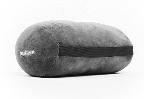 Daydream cestovný vankúš valček z mikroguľôčok šedej farby