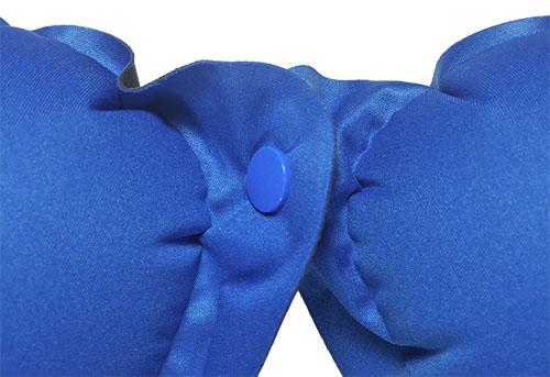 Naturehike Cestovní polštářek kolem krku na cestování modrý s knoflíkem