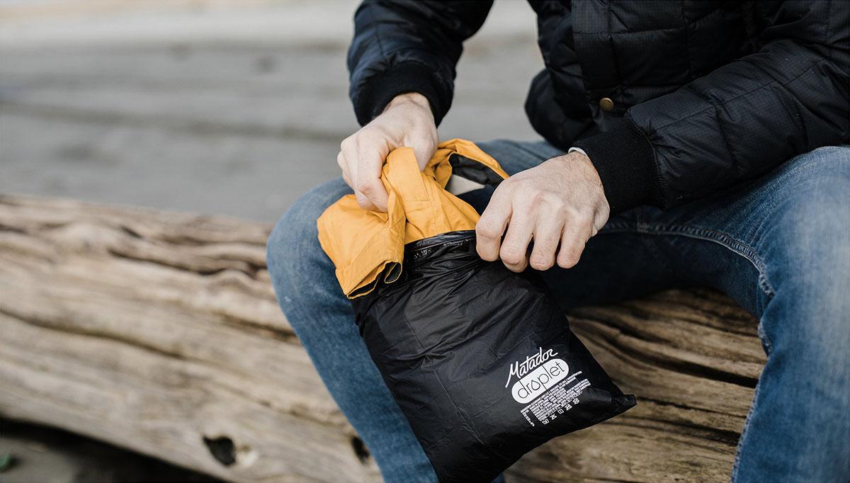 Vodotesná taška na oblečenie Matador Droplet čierna